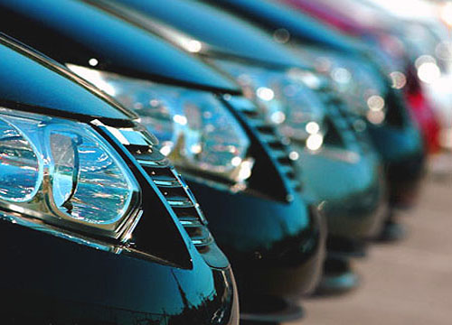 Arenda avtomobilej klassa ljuks